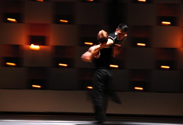 """Premiere """"Die Kunst der Tanz-Fuge"""""""