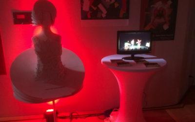 """TRIAS Figurine und Video bei """"Licht im Raum"""" Düsseldorf"""