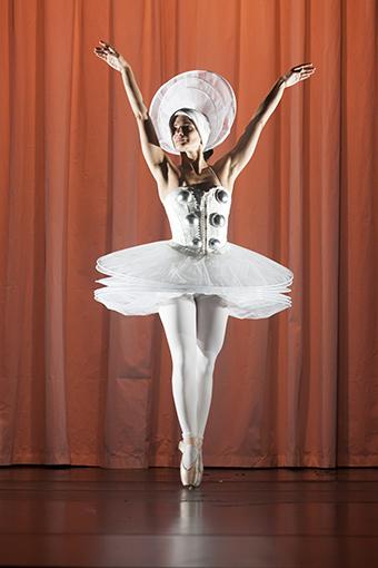 TRIAS - Das triadische Ballett